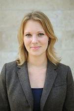 """""""Medtech-Hersteller sollten mit ihrer Technologie auf Interoperabilität setzen. Insellösungen schränken den Nutzen von telemedizinischen Angeboten ein"""", Julia Hagen, Referentin für Health und Pharma im Digitalverband Bitkom."""