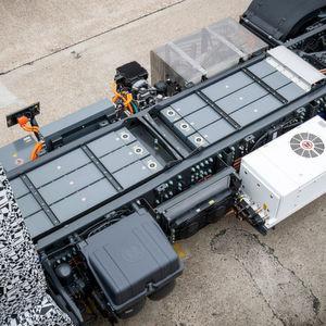 """212kWh Gesamtkapazität haben die Lithium-Ionen-Pakete im Mercedes """"Urban E-Truck""""."""