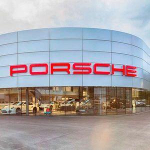 Porsche-Zentrum Siegen eröffnet