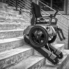 Treppensteigen leicht gemacht für Rollstuhlfahrer