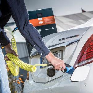Milliardenprogramm für Infrastruktur alternativer Kraftstoffe