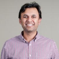 Sanjay Castelino ist Vice President Marketing bei Spiceworks, einem sozialen Netzwerk, auf dem sich Millionen von IT-Profis und mehrere tausend Technologiehersteller kostenlos miteinander vernetzen.