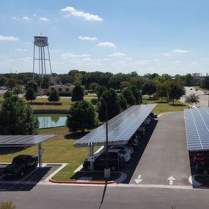 Supercomputer läuft mit Gleichstrom direkt aus Solarpaneelen