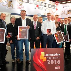 Zwei glückliche Automation-App-Award-Gewinner