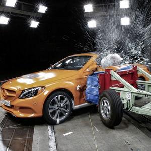 Crashtests: Daimler fordert einheitliche Regeln