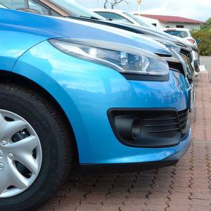 Neuwagenmarkt wächst im November leicht