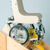 Wissenschaftler entwickeln treppensteigenden Rollstuhl