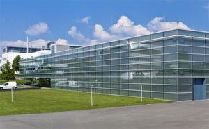 Das HLRS, das Höchstleistungsrechenzentrum der Universität Stuttgart, verfügt aktuell über das schnellste Supercomputing-System der EU; die Universität Stuttgart kann bereits auf 50 stolze Jahre HPC-Geschichte zurückblicken und verweist auf so namhafte Anwender wie Porsche und T-Systems.