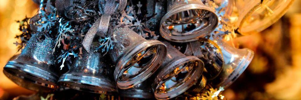 Online-Shopping erfreut sich vor allem zu Weihnachten großer Beliebtheit. Wer da als Online-Händler unvorbereitet an die Sache herangeht, bei dem klingeln nicht die Kassen, sondern es läuten die Alarmglocken im Rechenzentrum.