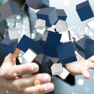 """Auch in vielen kleineren Betrieben werden die Systeme komplexer und immer mehr Server mitsamt ihren Anwendungen """"wandern"""" in die virtuelle Welt."""