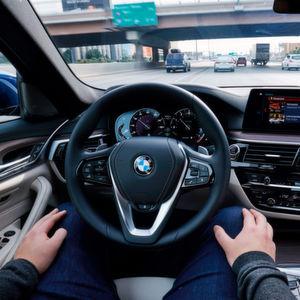 BMW testet autonome Fahrzeuge mit Intel und Mobileye
