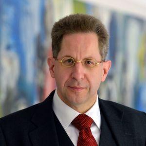 Verfassungsschutzpräsident Hans-Georg Maaßen will mit Gegenangriffen auf Cyber-Attacken reagieren.