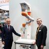 Neuer Ultraschallsensor macht Roboter sicher