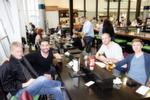 Houston, wir haben ein Problem! (v. l.) Marc Riemen, Rieberg, Timo Kusian, Markensturm, Thomas Löhndorf und Daniel Kochan, SmartThinks, treffen sich zufällig am Flughafen Houston.