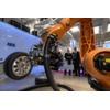 """Der """"Titan"""" lässt als stärkster Roboter der Welt seine Muskeln spielen"""