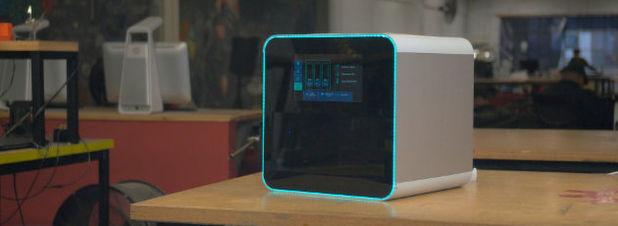 Prototyping auf dem Schreibtisch: Der NexD1 verfügt über einen Bearbeitungsraum von 20x20x20 cm, innerhalb dessen sich sowohl weiche Materialien als auch elektronische Schaltkreise drucken lassen sollen.