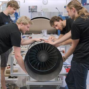Münchner Studenten bauen den schnellsten Hyperloop
