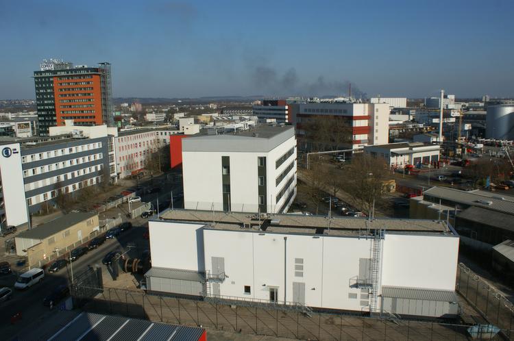 Auf dem Frankfurter Campus, in der Weismüllerstraße, hat sich der Rechenzentrumsbetreiber Interxion ein eigenes Umspannwerk errichten