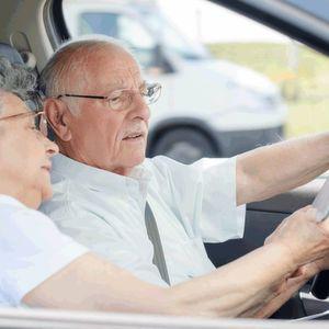 Fahrerassistenzsysteme: Mehr Sicherheit für ältere Autofahrer