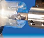 Iscar hat die Mincut-Familie zum Axial-Einstechen den Einsatzbereich mit der Einführung von Schneideinsätzen zum Innendrehen, Hinterstechen und Stechen ausgeweitet.