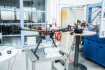 Drohnenlogistik: Das Exponat zeigt den Einsatz von industriellen Drohnen zur Materialversorgung. Damit könnten Logistikprozesse umgestaltet werden.