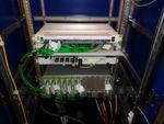 Spezielle robuste und lüfterlose Switches garantieren einen reibungslosen Betrieb auch unter harten Umgebungsbedingungen.
