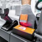 Sensorenbestückter Handschuh verbessert Logistikprozesse