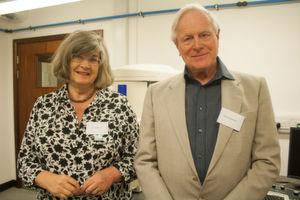 Zeiss feiert das erste kommerzielle Rasterelektronenmikroskop von 1965