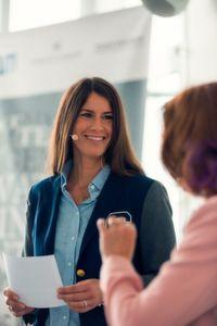 Dr. Gesine Herzberger ist Leitende Redakteurin von marconomy, der Plattform für B2B-Marketingkommunikatin von Vogel Business Media.