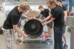 """TUM-Präsident Prof. Wolfgang A. Herrmann zum Sieg des Teams: """"Ich gratuliere unserem WARR Hyperloop Team zu diesem eindrucksvollen Erfolg. In nur eineinhalb Jahren haben TUM-Studierende aus verschiedenen Fakultäten eine Hochgeschwindigkeits-Passagierkapsel für das Hyperloop-Konzept entwickelt und selbst gebaut."""""""