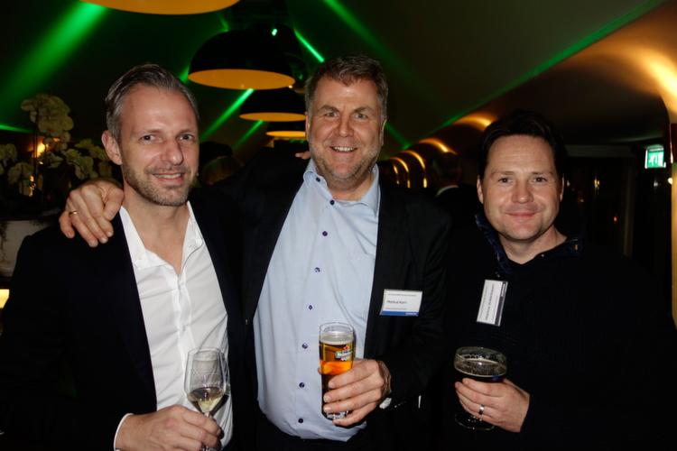 Diese Jungs kann man nur lieb haben (v. l.) Björn Siewert, S&K, Markus Korn, Samsung, und