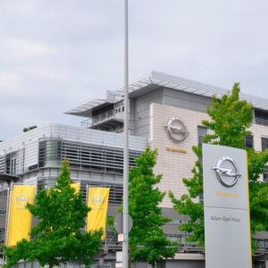 Hersteller-Zentrale in Rüsselsheim