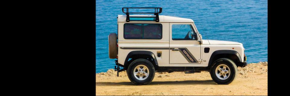 Ineos will Allradautos produzieren. Als Vorbild soll der Land Rover Defender stehen, dessen Produktion eingestellt wurde.