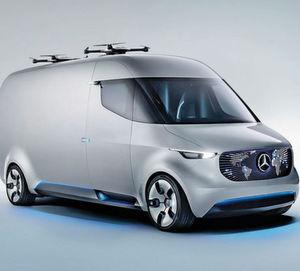 """Im """"Vision Van"""" der Mercedes-Benz-Vanbaureihe steckt echtes Leichtbau-Know-how; und zwar in Form eines CFK-Hybrid-Regals, das von den Experten des Stuttgarter Startups Cikoni kreiert worden ist. Dieses soll Transportunternehmen die tägliche Arbeit deutlich erleichtern."""