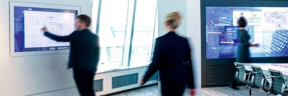 KPMG und Microsoft haben ihr erstes gemeinsames Innovationszentrum in Frankfurt gestartet