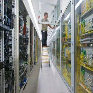 Die von den IoT-Geräten generierten Daten werden in einem sicheren deutschen Rechenzentrum analysiert auf grafisch aufbereitet.
