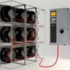 Ein Frequenzumrichter steuert mehrere PM-Motoren