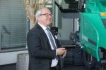 """""""Die Entwicklung der Mehrmarkenstrategie war sehr erfolgreich. Alle fünf Marken sind durch die WIRTGEN GROUP stärker geworden"""", resümiert Gottfried Beer, Leiter Marketing bei HAMM."""