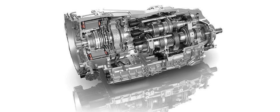 ZF und Porsche entwickeln Hybrid-Getriebebaukasten