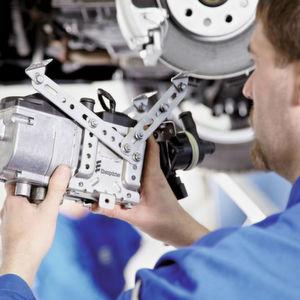 Kfz-Betriebe erhalten Ein- und Ausbaukosten