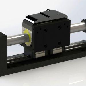 Linearmotorachsen mit kurz bauenden Schlitten vor