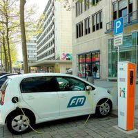 Wie viele Ladepunkte für E-Autos werden bis 2020 benötigt?