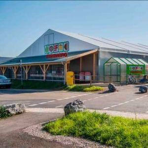 Ein Supermarkt spielt auf Zeit