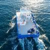 Erstes batterieelektrisches Arbeitsschiff für Fischzucht in See gestochen