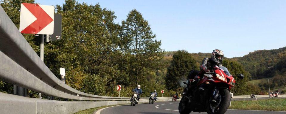 Jetzt zum Saisonstart rät der ADAC Bikern, an Fahrsicherheitstrainings teilzunehmen - zum Wohle der Teilnehmer und im Sinne der Verkehrsunfallstatistik.