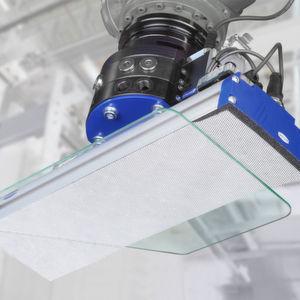 Flächengreifsystem FXP mit Schutzüberzug für die schonende Handhabung empfindlicher Werkstücke.