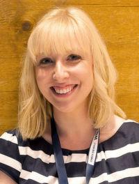 Inken Kuhlmann ist als Marketing-Expertin bei HubSpot tätig.