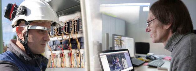 Experten können sich über die Datenbrille in Echtzeit beispielsweise mit einem Monteur verbinden. Die Datenübertragung mit der Xpert-Eye-Lösung erfolgt via WLAN, LAN oder Mobilfunk.