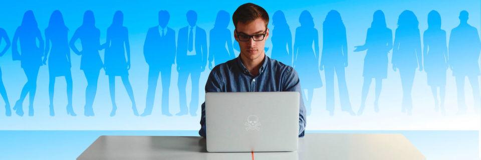 Viele Anwender im Unternehmen verfügen über privilegierte Zugriffsrechte, die sie zwar zur Erfüllung ihrer Aufgaben benötigen, die sie gleichzeitig aber auch zum Sicherheitsrisiko machen.