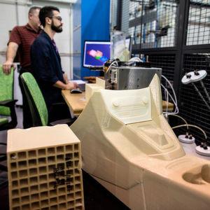 Ford testet den 3D-Druck für große Bauteile im Prototypenbau.